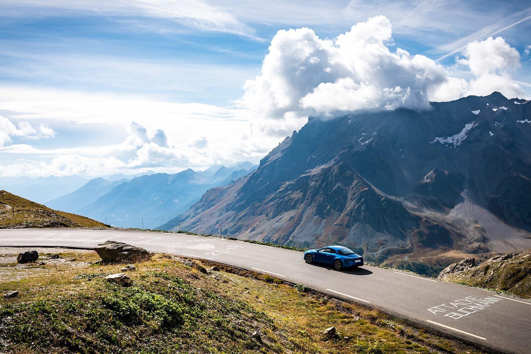 gotrip roadtrip voyage entre voitures sportives et passionnés