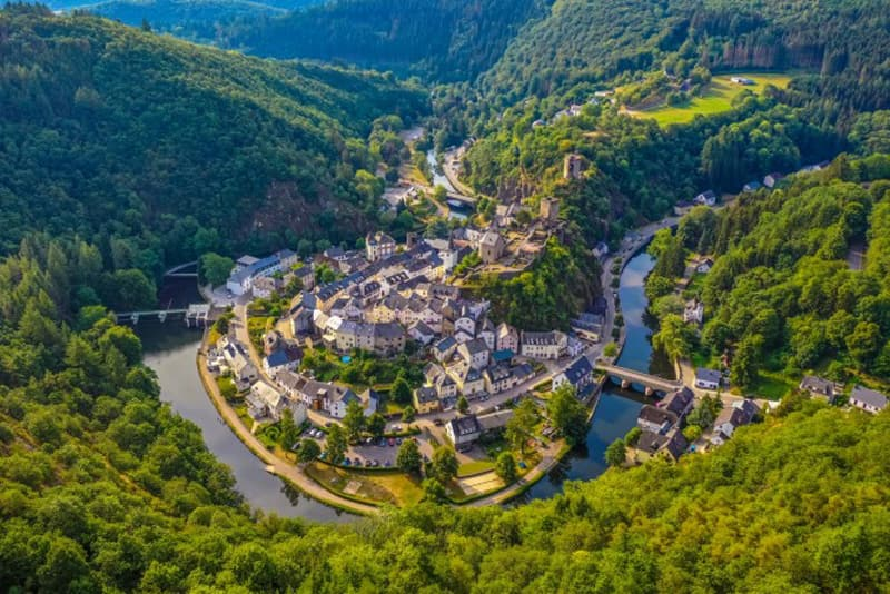 roadtrip gotrip voitures sportives luxembourg vallée sûre Luxembourg Belgique Ardennes